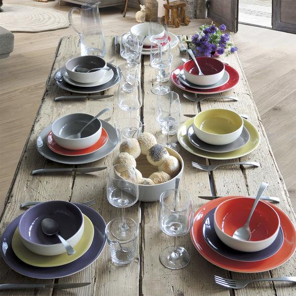 assiettes creuses en fa ence 16cm vaisselle moderne bruno evrard. Black Bedroom Furniture Sets. Home Design Ideas