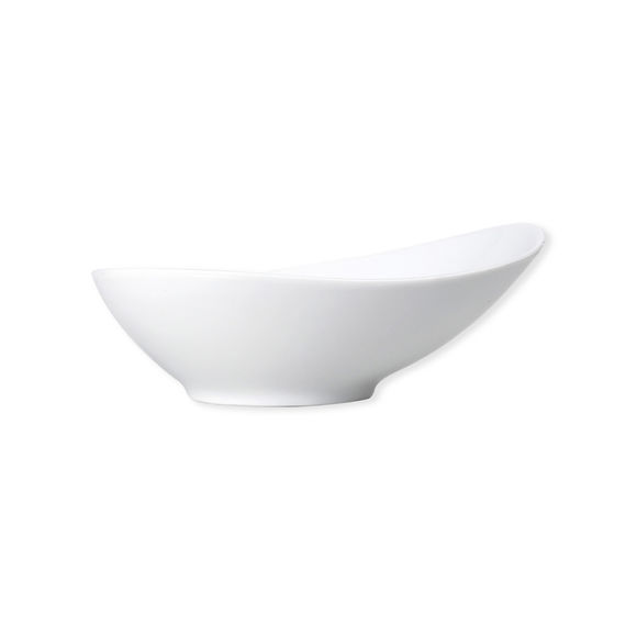 Assiette creuse blanche asymétrique en porcelaine 20cm