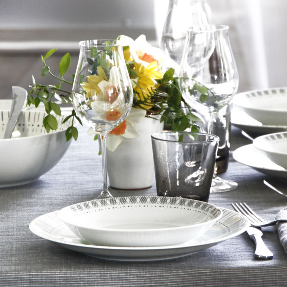 assiette creuse porcelaine 19cm vaisselle design bruno evrard. Black Bedroom Furniture Sets. Home Design Ideas