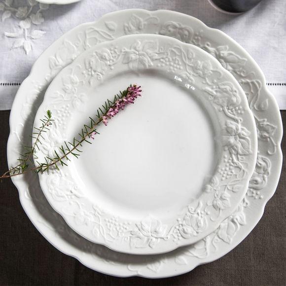 assiette au motif fruits en relief vaisselle design bruno evrard. Black Bedroom Furniture Sets. Home Design Ideas