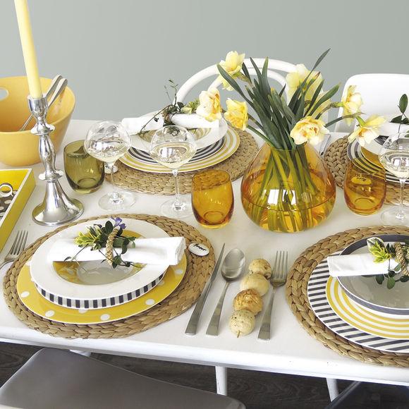 assiettes motif pois vaisselle design et originale bruno evrard. Black Bedroom Furniture Sets. Home Design Ideas