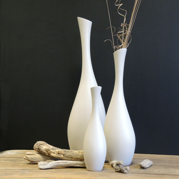 vase haut et fin en c ramique vases design et chic. Black Bedroom Furniture Sets. Home Design Ideas