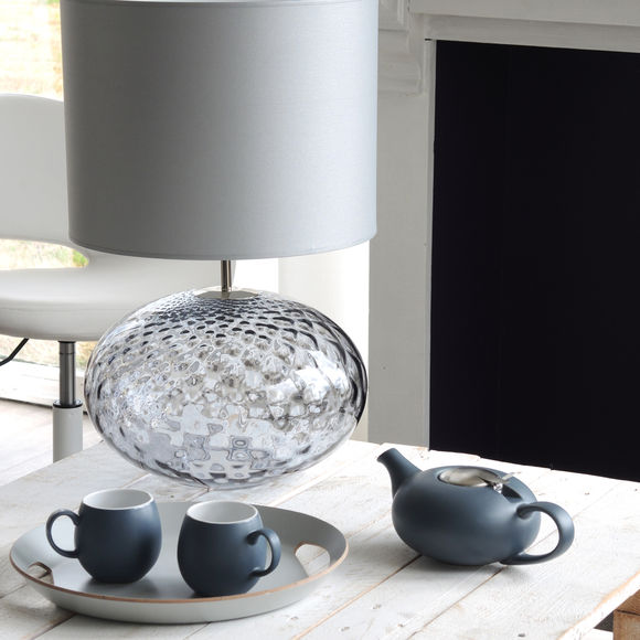 lampe en verre souffl bouche avec abat jour deborah. Black Bedroom Furniture Sets. Home Design Ideas